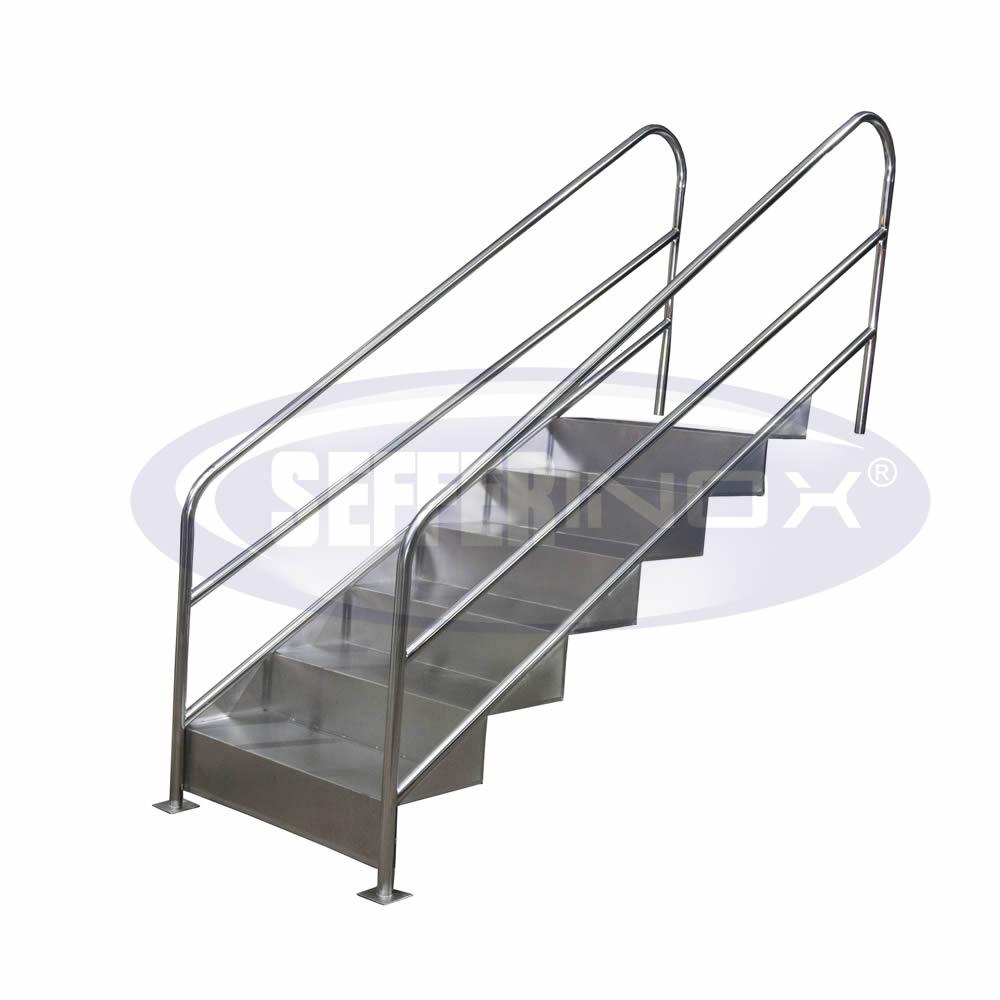52. Escada Fisioterápica